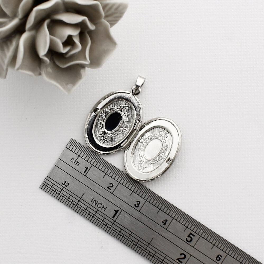 Pingente Relicário para Foto modelo Oval Pequeno
