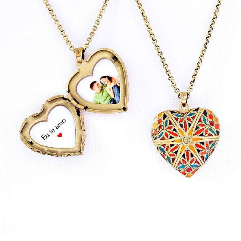 Relicário Coração Esmaltado Médio Ouro Velho Multicolor