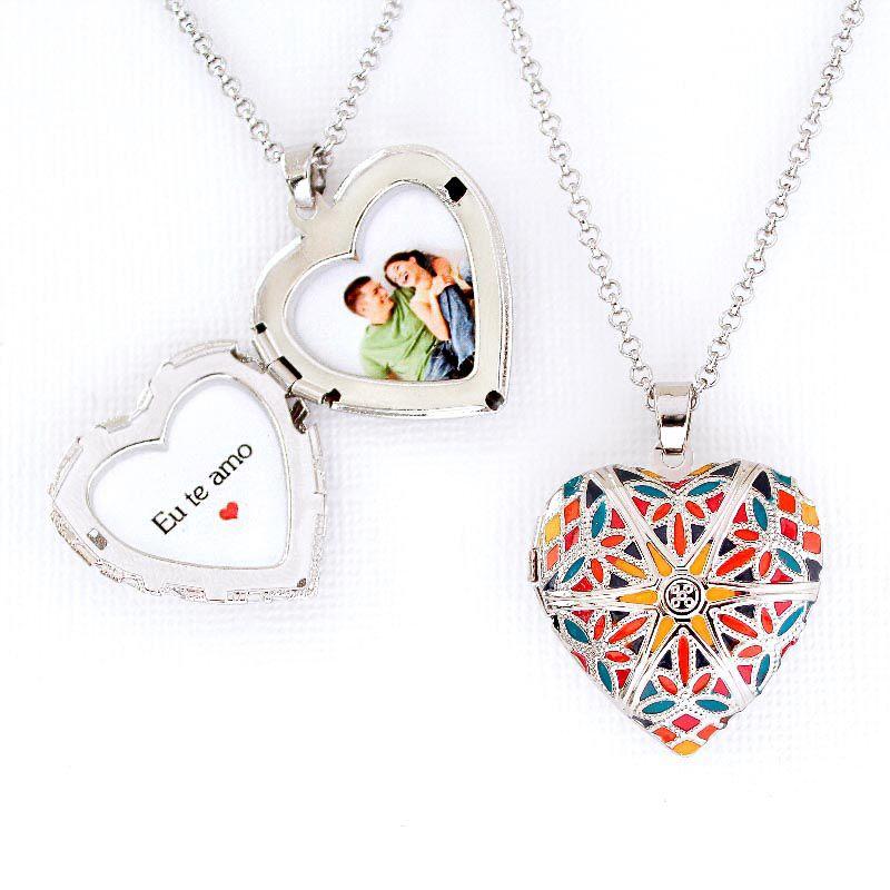 Relicário Coração Esmaltado Médio Prateado Multicolor