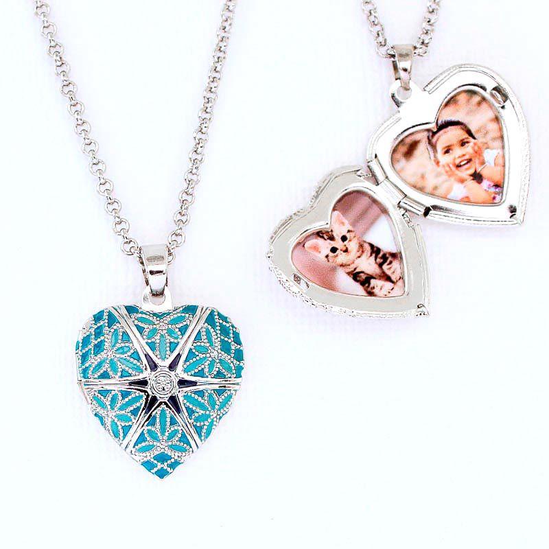 Relicário Coração Esmaltado Pequeno Prateado Azul