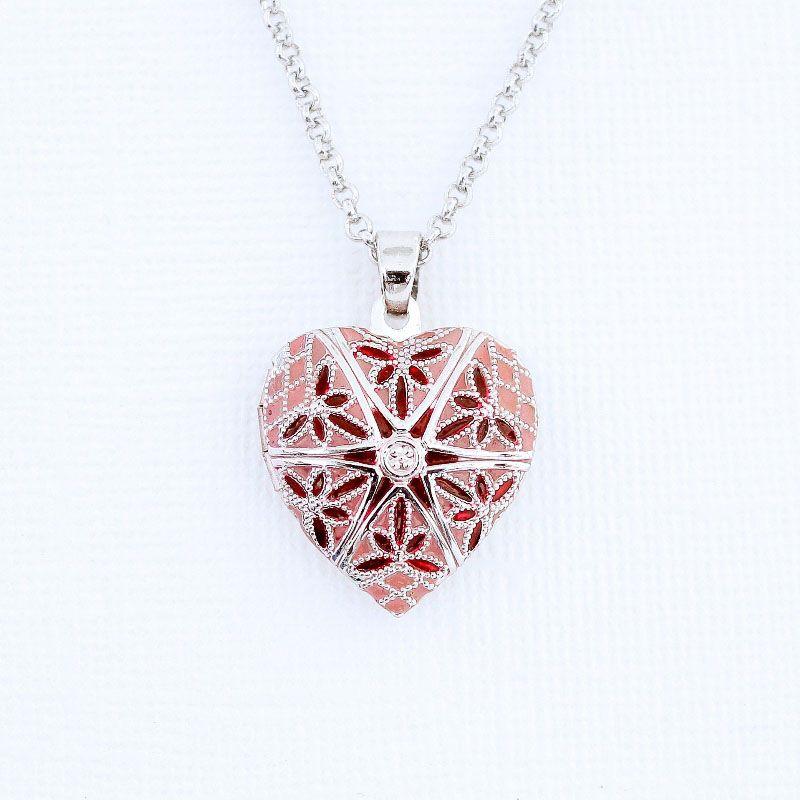 Relicário Coração Esmaltado Pequeno Prateado Rosa