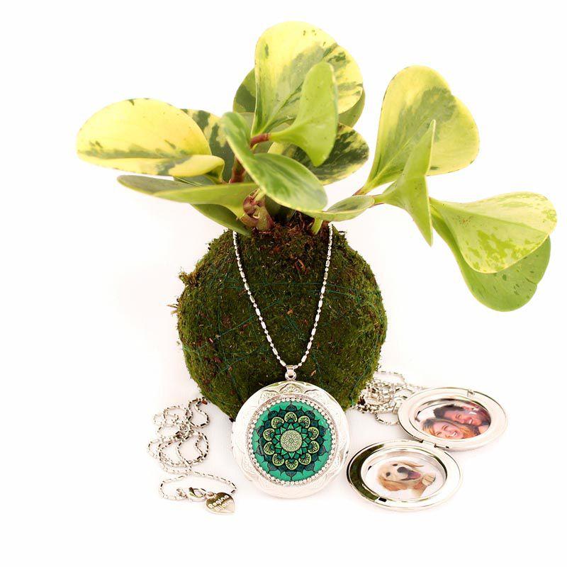 Relicário Mandala Grande Prateada Verde