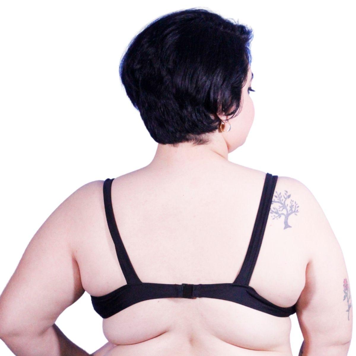 Top biquini plus size preto plorido alça grossa com fecho nas costas