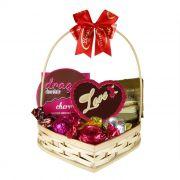 Cesta de Coração com Chocolates Amor Dia dos Namorados Borússia Chocolates