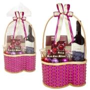 Cesta de Vinho Feliz Dia das Mães com Chocolates Borússia Chocolates