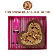Coração de Colher com Chocolate Belga e Creme de Amendoim e Paçoca 520g Borússia Chocolates
