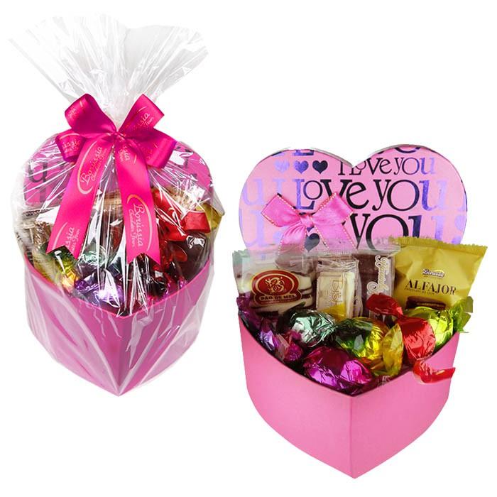 Caixa Presente Coração Média Rosa com Chocolates Variados Borússia Chocolates