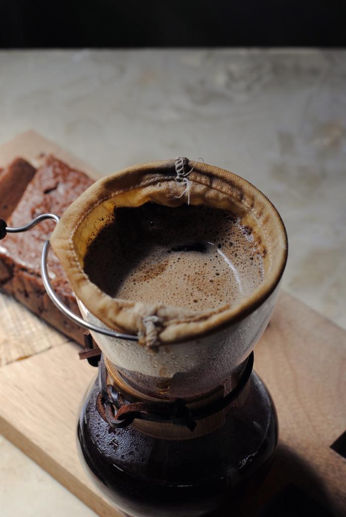 CAFÉ DAS AMORAS CAFÉS AMARAELOS