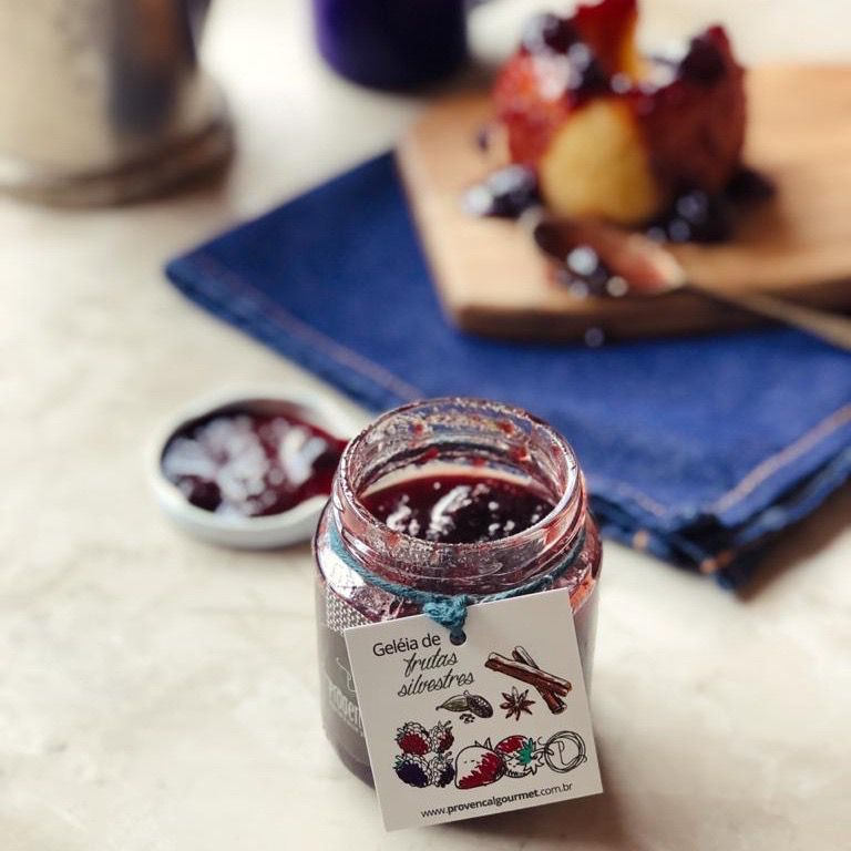Geleia de frutas silvestres