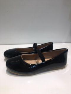 Sapato Boneca Verniz Preto Hobby