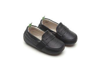 Sapato Couro Preto Sharpy Tip Toey