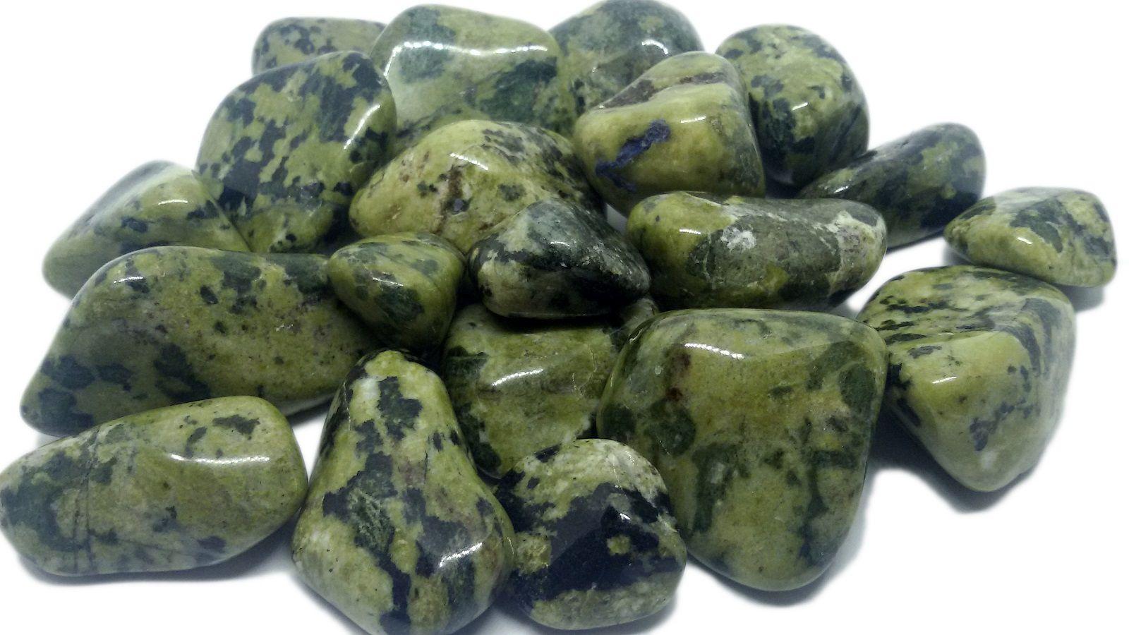1kg de Pedra Rolada De Jade Nefrita Natural