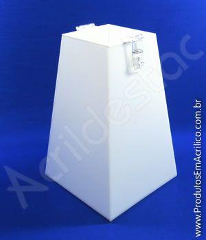 Urna de acrilico Branca Piramide 30cm alt Urna para cupons sorteios