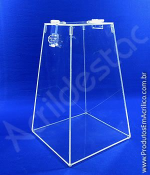 Urna em PS Cristal Piramide similar ao Acrilico 30cm alt para sorteios e eventos