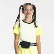 Camiseta Bobbylulu Amarela com Gola Preta B22075