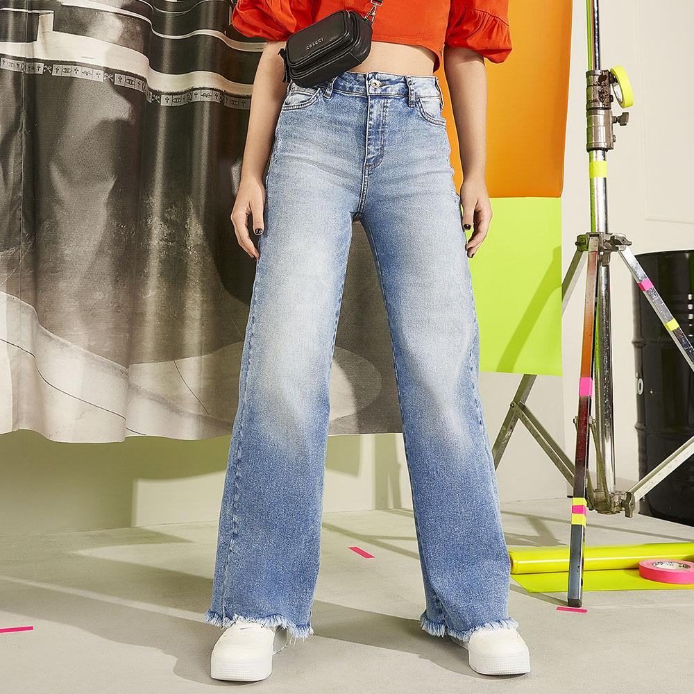 Calça Colcci Fun Jeans Flare 25300572