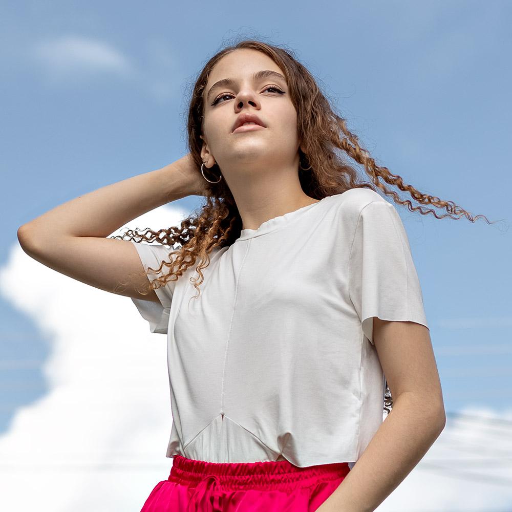 Camiseta Menina Acostamento Offwhite com Nó 89805046