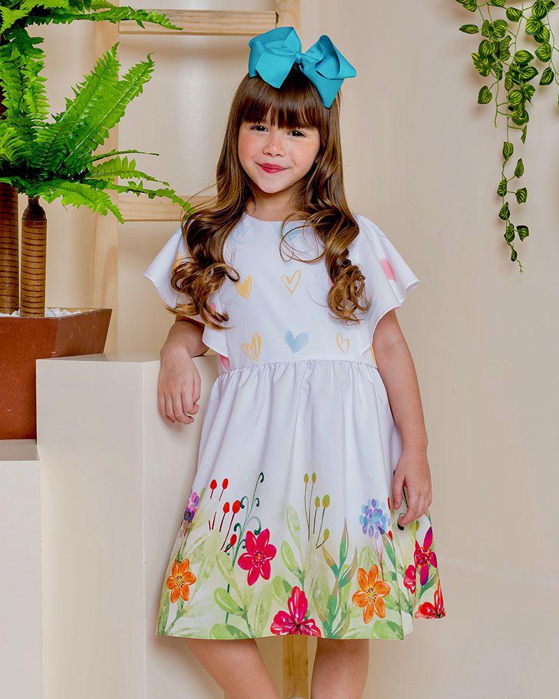Vestido Menina É Cada Uma! Jardim Fundo Branco em Microfibra Vt01