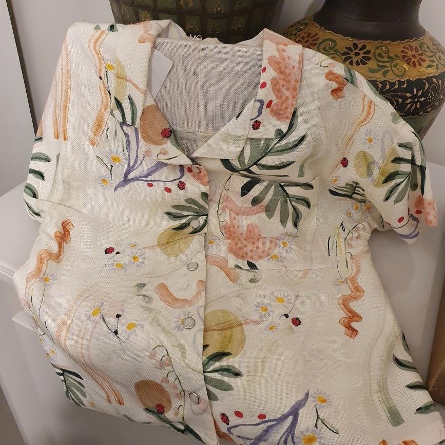 camisa folhas Puc