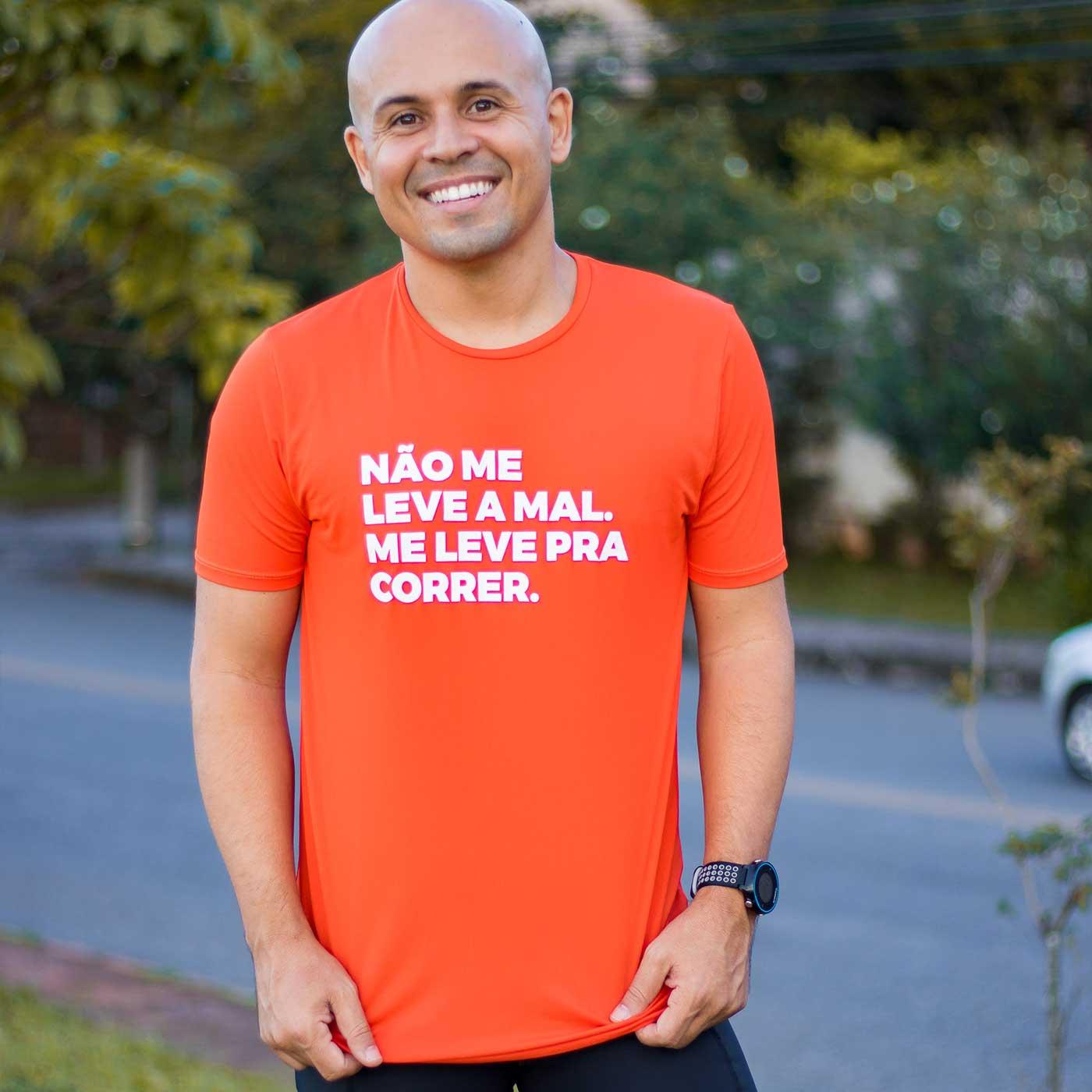 Camiseta Masculina Longão - Não Me Leve A Mal
