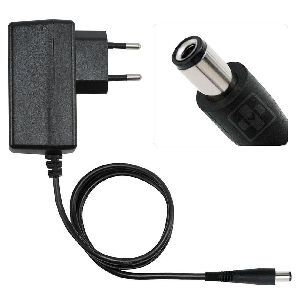 Fonte Carregador Mais Mania Uso Geral 9V 1A 9W Plug 5.5x2.1