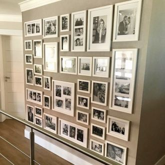 30 molduras COM 41 revelações fotográficas  (180cm X 160cm)