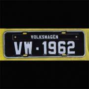 Placa PRETA decorativa Volkswagen VW - 1962