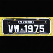 Placa PRETA decorativa Volkswagen VW - 1975