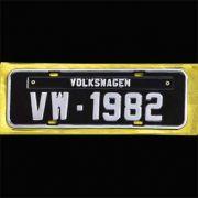 Placa PRETA decorativa Volkswagen VW - 1982