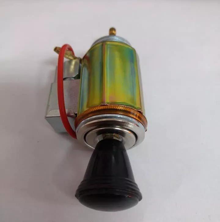 Acendedor 12V com iluminação ambar p/ adaptação botão PRETO  - SSR Peças & Acessórios ltda ME.