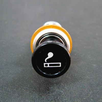 Acendedor de cigarros 12 volts c/ iluminação laranja  - SSR Peças & Acessórios ltda ME.