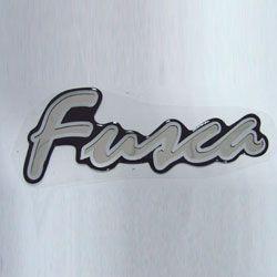 Emblema ADESIVO FUSCA (resinado) cor PRATA   - SSR Peças & Acessórios ltda ME.