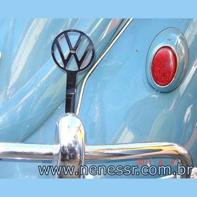 Emblema cromado p/ suporte do para-choque VW p/ FUSCA até 1970   - SSR Peças & Acessórios ltda ME.