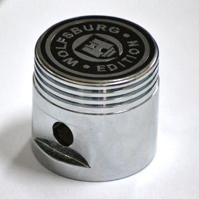 Manopla alumínio pistão cromada c/ logo wolfsburg   - SSR Peças & Acessórios ltda ME.