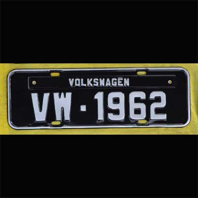 Placa PRETA decorativa Volkswagen VW - 1962  - SSR Peças & Acessórios ltda ME.