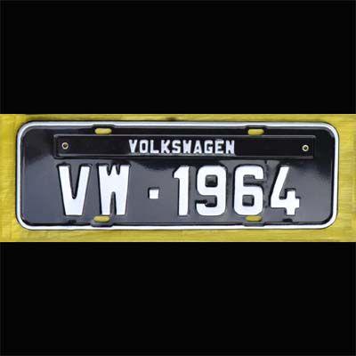 Placa PRETA decorativa Volkswagen VW - 1964  - SSR Peças & Acessórios ltda ME.