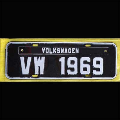 Placa PRETA decorativa Volkswagen VW - 1969  - SSR Peças & Acessórios ltda ME.