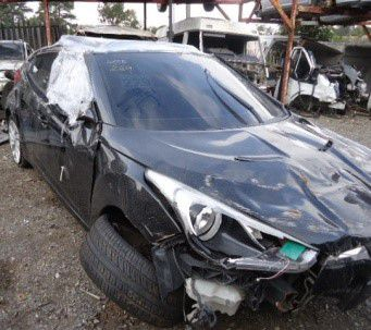 Sucata Hyundai Veloster 2011/2012 Para Retirada de Peças