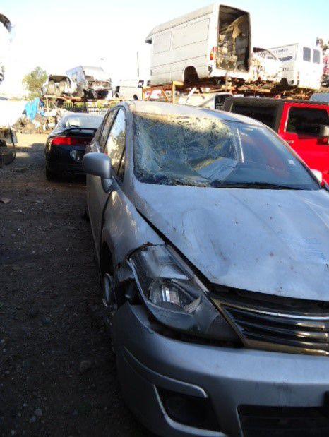 Sucata Nissan Tiida 1.8 16V  2011/2012 Para Retirada de Peças