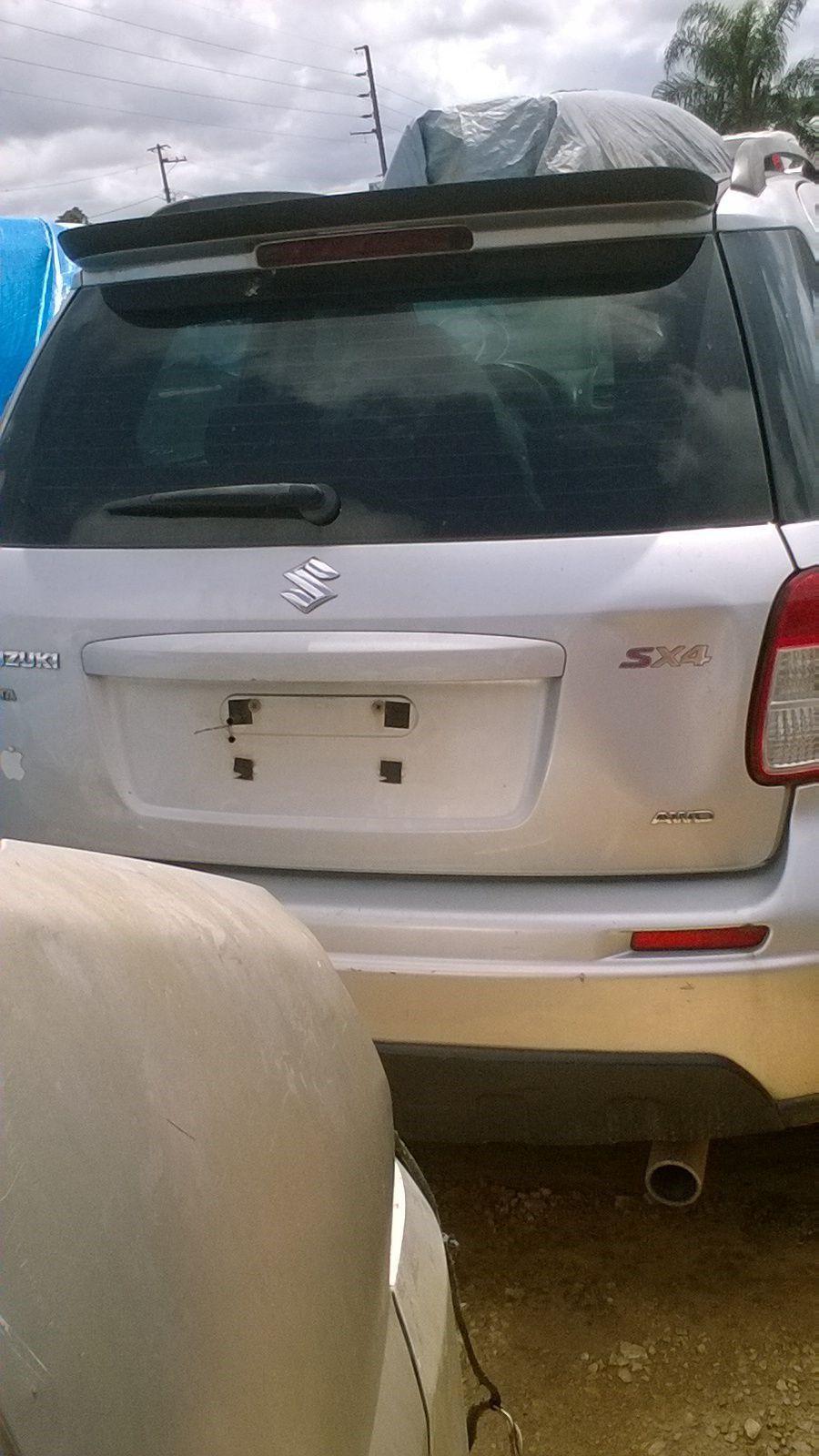 Sucata Suzuki SX4 2.0 16V 4WD Automático 2010/2011 Para Retirada de Peças
