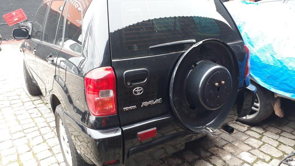 Sucata Toyota Rav4 2.0 4x4 16V 2002 Para Retirada de Peças