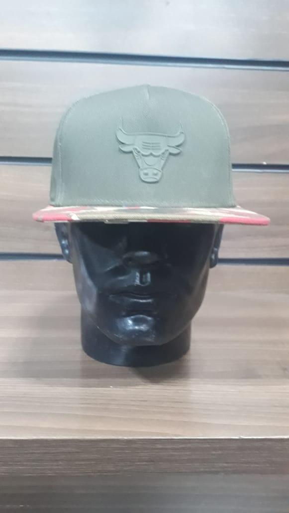 Boné Chicago Bulls Aba Reta Camuflado New Era