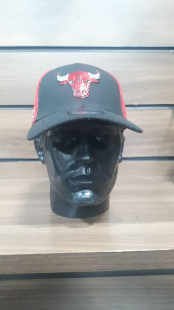 Boné Chicago Bulls Logo Metalizado New Era