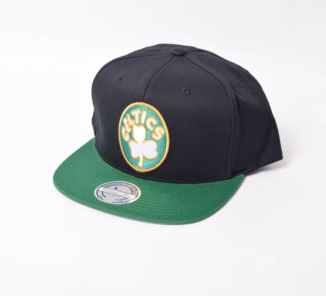 Boné SnapBack Mitchell & Ness Celtics aba reta