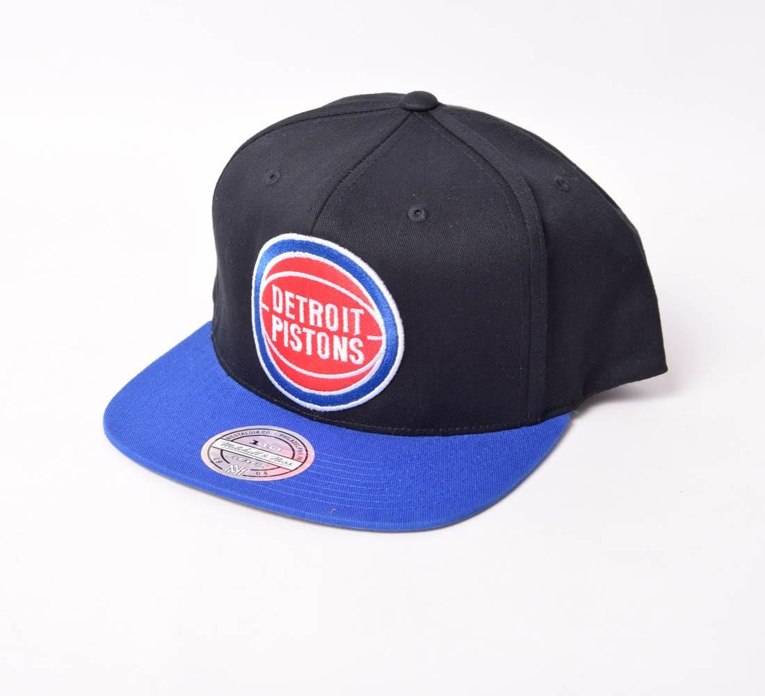 Boné SnapBack Mitchell & Ness Detroit Pistons aba reta