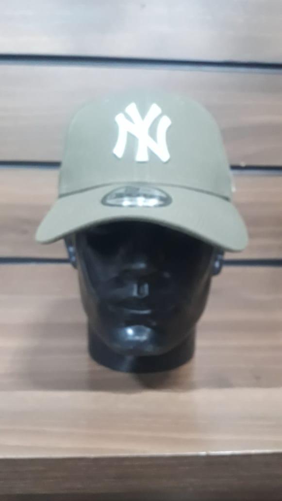 Boné New York Yankees New Era Verde Musgo