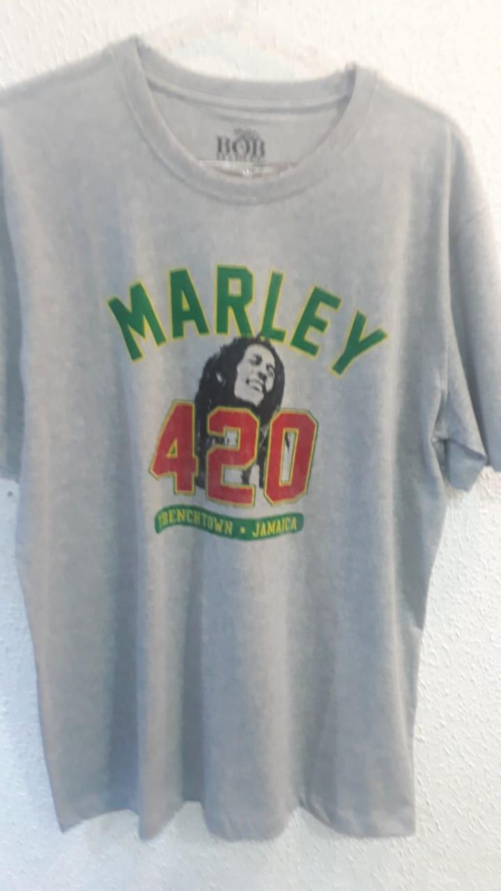 Camiseta Bob Marley Universal B New Era