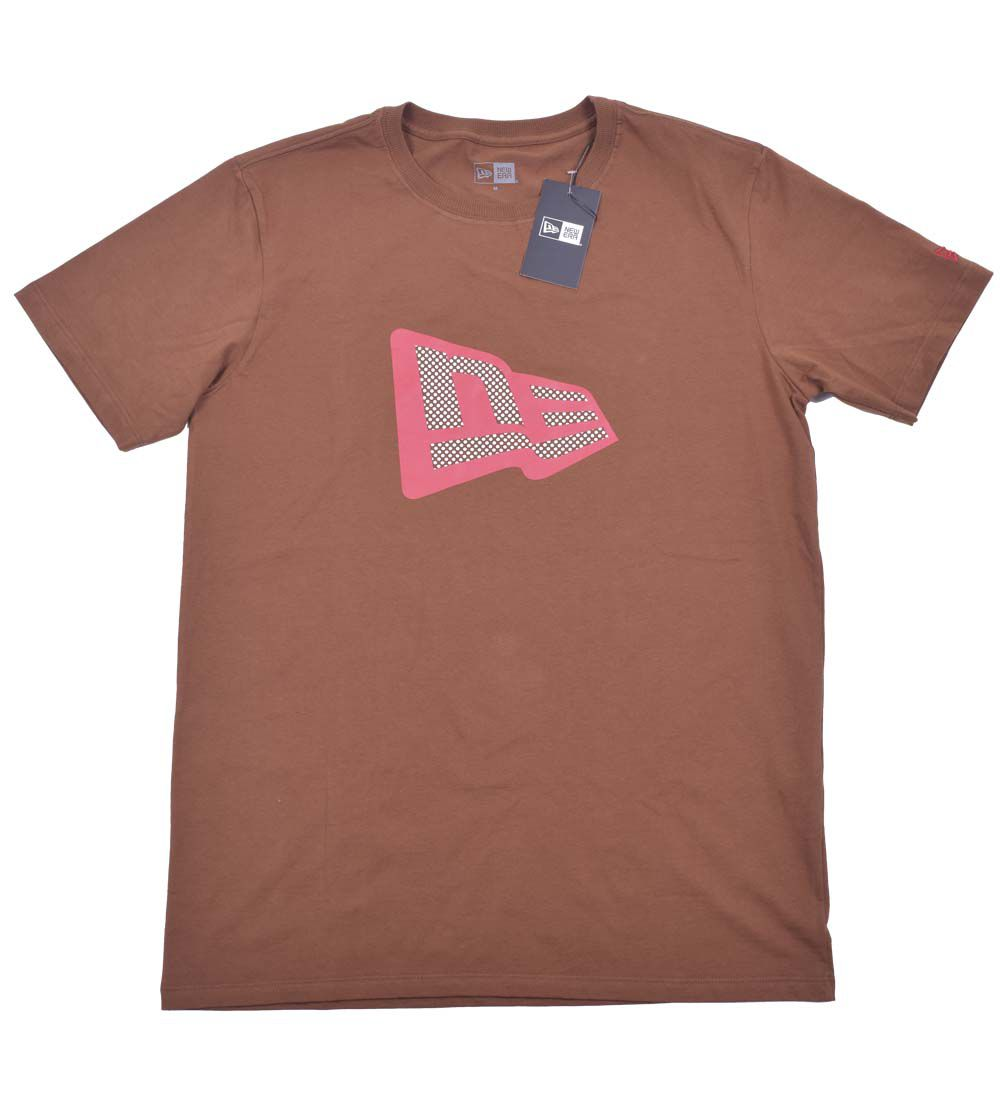 Camiseta Eaaentials New Era