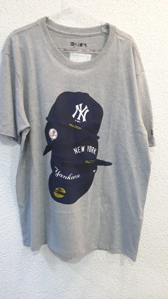 Camiseta Extra New York Yankees Pluse Cinza  New Era