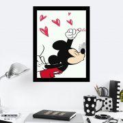 Quadro Decorativo 27x36 Mickey Beijando